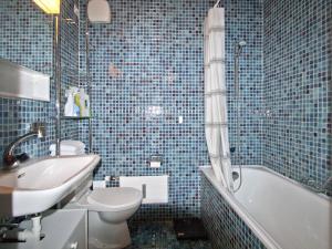 Ein Badezimmer in der Unterkunft Im Grünen 220 - 4-Zimmerwohnung