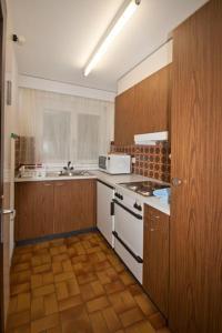Küche/Küchenzeile in der Unterkunft Im Grünen 220 - 4-Zimmerwohnung