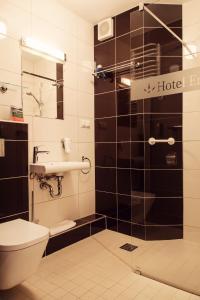 Łazienka w obiekcie Hotel Era