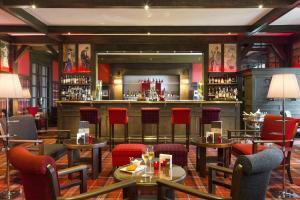 A restaurant or other place to eat at Hôtel Barrière L'Hôtel du Golf