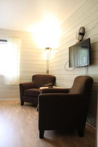 A seating area at Jostedal Hotel