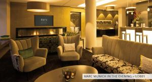 The lounge or bar area at Marc München