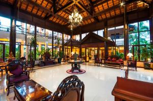 The lobby or reception area at Saem Siemreap Hotel