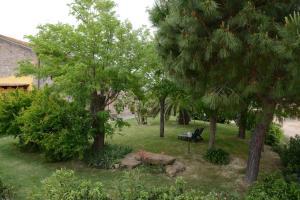 A garden outside Agriturismo Volta Di Sacco