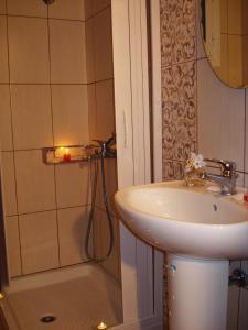 Ένα μπάνιο στο Eleftheria's Studios