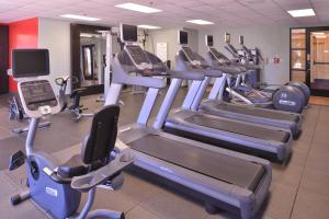 The fitness centre and/or fitness facilities at DoubleTree by Hilton Grand Junction