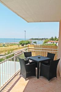 A balcony or terrace at Apartments Jadran