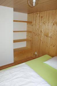Ein Bett oder Betten in einem Zimmer der Unterkunft Villa Donkey Ferienwohnung