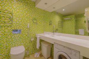 Ванная комната в Dom Hotel Apart
