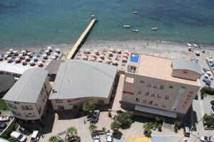 A bird's-eye view of Aragosta Hotel & Restaurant