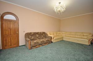 A seating area at Morskaya Cherepashka Guest House