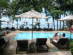 The swimming pool at or near Banpu Koh Chang Resort