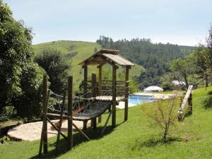 A piscina localizada em Pousada Morro Verde ou nos arredores