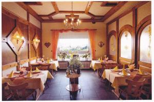 A restaurant or other place to eat at Landgasthaus Blick ins Tal