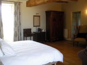 Un ou plusieurs lits dans un hébergement de l'établissement Loire Valley Retreat - Château de Chargé