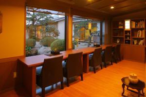さぎの湯荘にあるレストランまたは飲食店