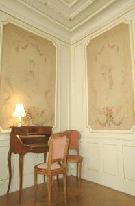 A seating area at L'Arlequin