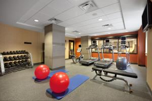 The fitness center and/or fitness facilities at Home2 Suites by Hilton San Antonio Downtown
