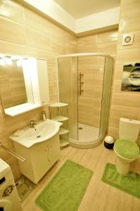 O baie la Summerland New York Exclusive Apartment - Mamaia