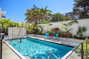 The swimming pool at or near Capeview Apartments