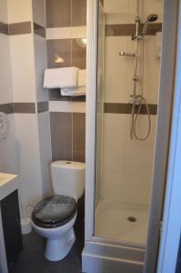 Salle de bains dans l'établissement Hotel Central Anzac