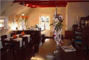A restaurant or other place to eat at DroomHotel 't Heinenhoes