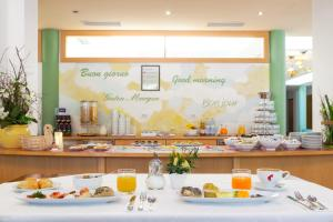 Breakfast options available to guests at Hotel Brenner