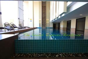 The swimming pool at or close to The Grand Wipanan Residence