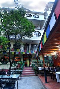 A restaurant or other place to eat at Pilgrims Guest House