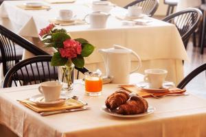 Colazione disponibile per gli ospiti di Hotel Del Riale