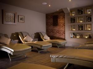 A seating area at Macdonald Craxton Wood Hotel & Spa