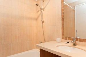 Um banheiro em Departamentos Amoblados Costa 151