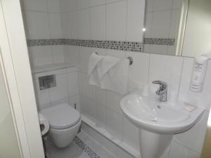 A bathroom at Hotel Unique
