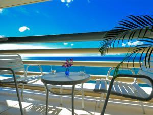 リザンシーパークホテル谷茶ベイにあるバルコニーまたはテラス