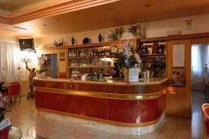 El salón o zona de bar de Hotel Belle Arti
