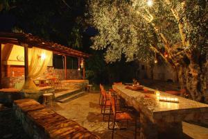 Εστιατόριο ή άλλο μέρος για φαγητό στο Evaggelia Studios