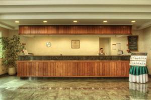 The lobby or reception area at Hotel Diego de Almagro Aeropuerto