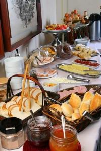Opciones de desayuno disponibles en Presidente Edificio Santiago