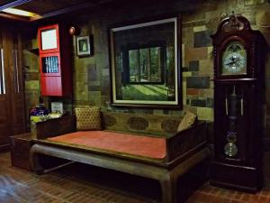 A seating area at Rainforest Bed & Breakfast