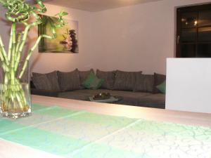 Ein Sitzbereich in der Unterkunft Ferienhaus Eberbach