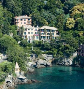 A bird's-eye view of Hotel Piccolo Portofino