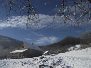 Les chalets de la forêt d'Issaux during the winter