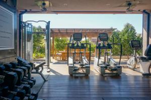 The fitness center and/or fitness facilities at Bardessono Hotel & Spa