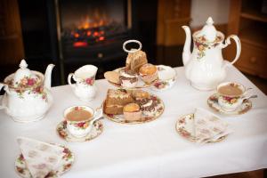 Coffee and tea-making facilities at Tower Lodge B&B