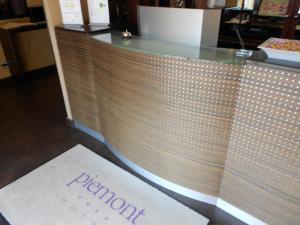 Lobby/Rezeption in der Unterkunft Hotel Piemont