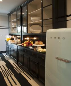 A kitchen or kitchenette at The Shepley Hotel