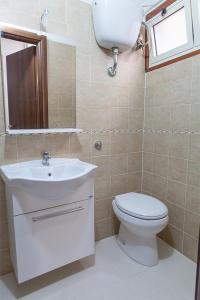 A bathroom at Santa Restituta in Cagliari Centre