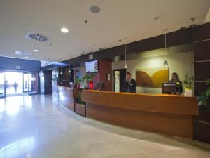 Hall o reception di Mercure Leonardo da Vinci Rome Airport