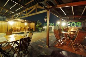 Restoran atau tempat makan lain di Pose In Hotel Solo