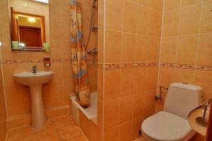 Ванна кімната в Готель Оріон
